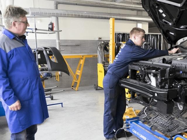 Automobilių kėbulų remontininkas (Modulinė 3 m.)